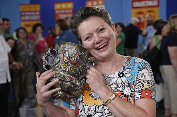 At ANTIQUES ROADSHOW in Madison, Wisconsin, this guest brings in what she cal...