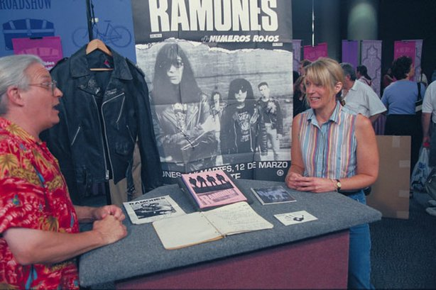 Appraiser Gary Sohmers of allcollectors.com scores a hit with this collection of memorabilia from the Ramones, legendary New York punk band, preserved by a friend of original bassist Dee Ramone. The assemblage, which includes an iconic leather jacket belonging to and signed by DeeDee (and later bass player CJ, too), notebooks containing never-recorded songs, a note to Punk Magazine and tour books, gives the owner every reason to do the Blitzkrieg Bop when Sohmers declares the lot could bring $10,000.