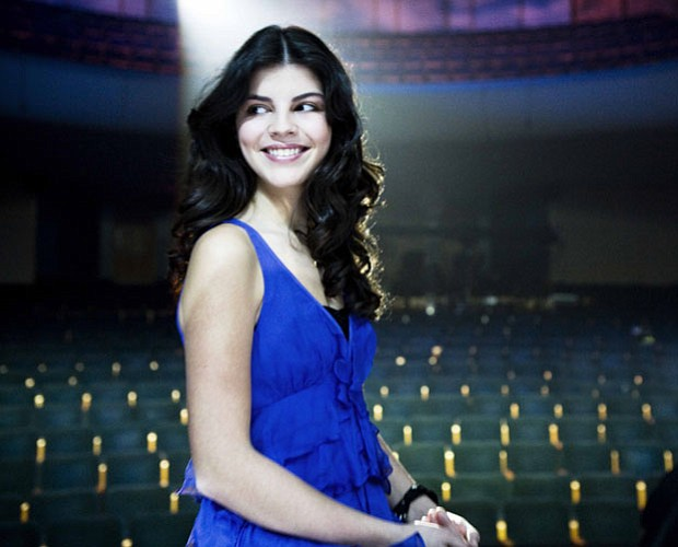 Sixteen-year-old Canadian singer Nikki Yanofsky presents her unique blend of ...
