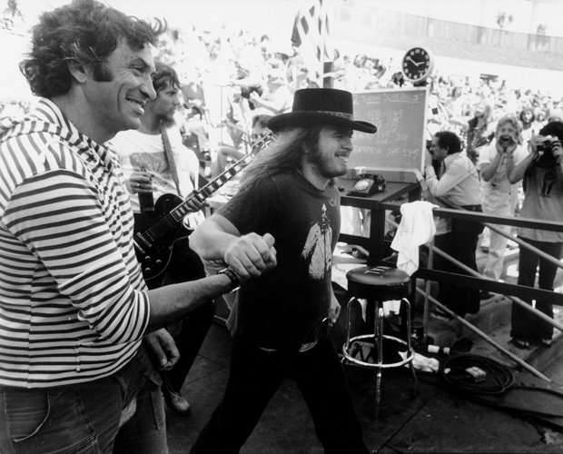 (l to r) Bill Graham and Lynyrd Skynyrd's Ronnie Van Zant, Oakland Coliseum S...