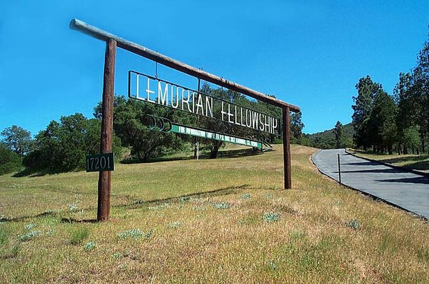 Lemurian sign visible from the road in Ramona.