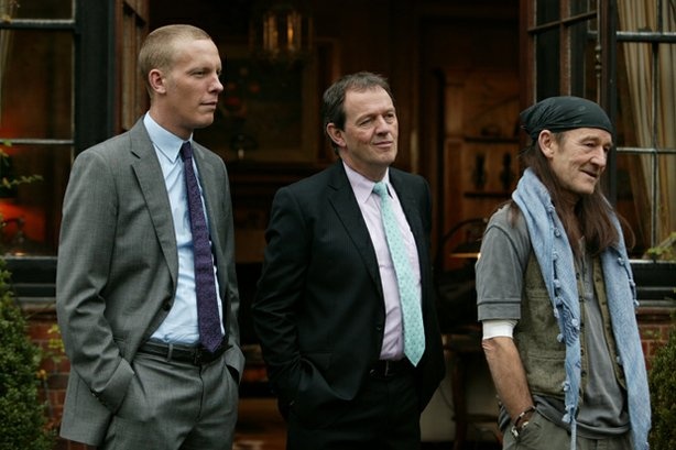 Detective Sergeant Hathaway (Laurence Fox), Inspector Lewis (Kevin Whately) a...