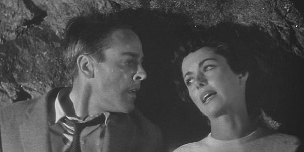 Kevin McCarthy and Dana Wynter is