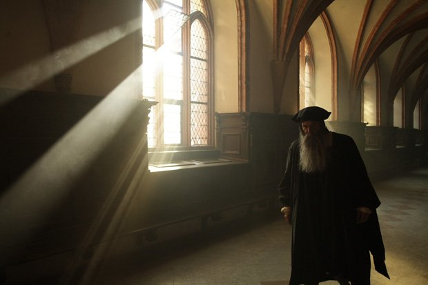 Photo of a reenactment scene with William Tyndale in