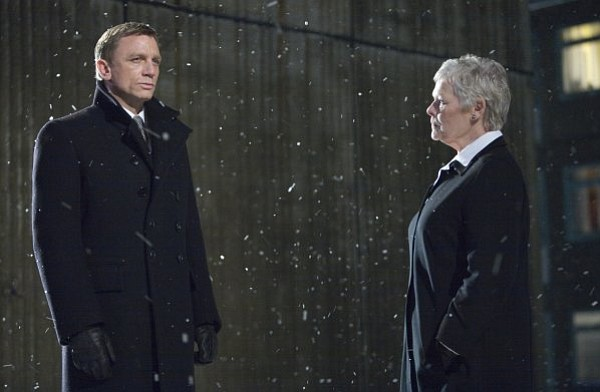 Daniel Craig as James Bond and Judi Dench as M.