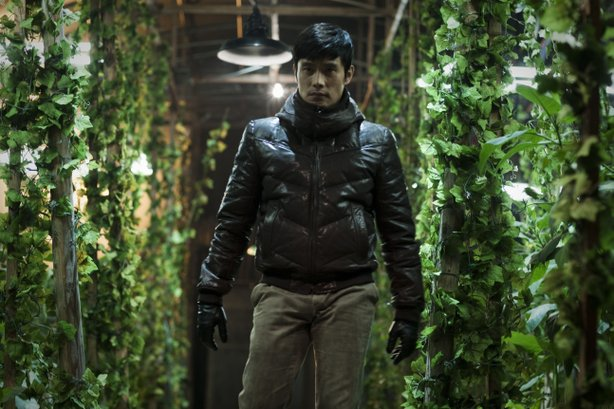 """Lee Byung-Hun is on a roaring rampage of revenge in """"I Saw the Devil."""""""