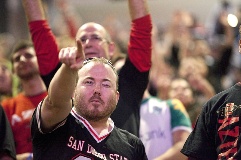The crowds at Viejas Arena were cheering in support of the SDSU Aztecs men's ...