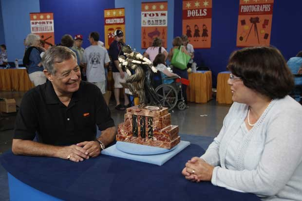 At ANTIQUES ROADSHOW in Biloxi, Mississippi, this guest arrives with an inher...