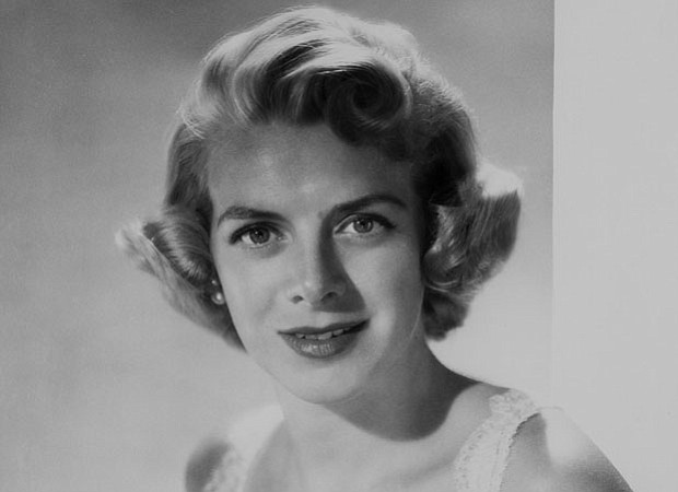 Beloved songstress Rosemary Clooney is seen in a vintage performance of her 1...