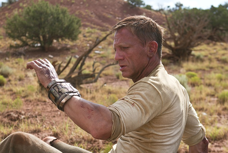 Waking up without a clue. Daniel Craig is a new kind of Man with No Name in