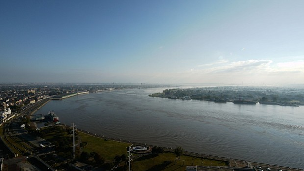 Aerial shot of New Orleans and the Mississippi River.