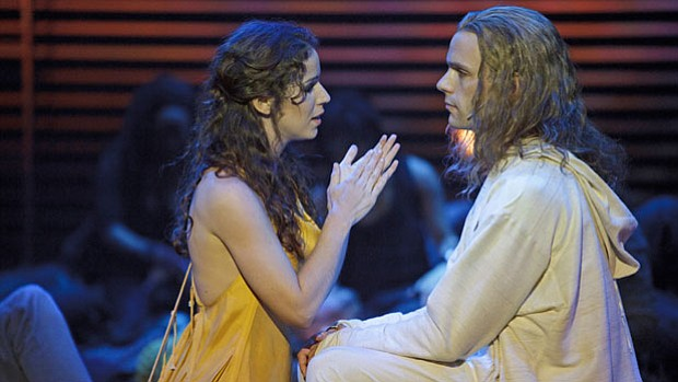 Chilina Kennedy as Mary Magdalene and Paul Nolan as Jesus in