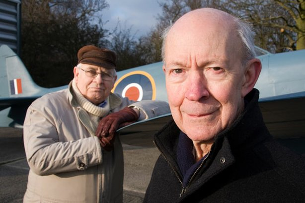 L-R: Contributors Major Chris Halsall and Wing Commander Mike Mockford with the spitfire.