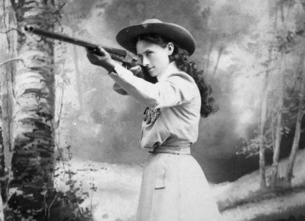 Born Phoebe Anne Moses in Greenville, Ohio, Annie Oakley (pictured with her g...