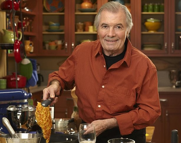 Master chef Jacques Pépin prepares a perfect veal cutlet.