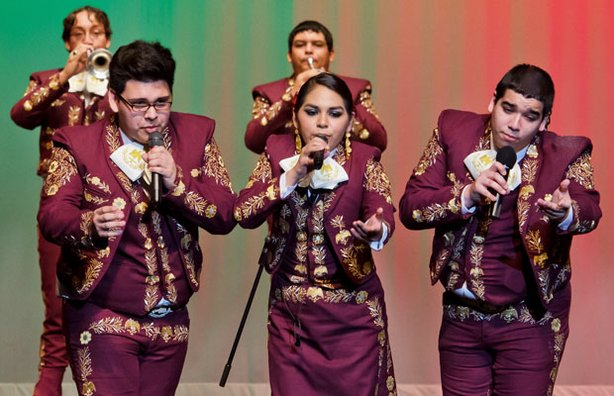 Students from Mariachi Halcon, a top-ranked competitive high-school mariachi ...
