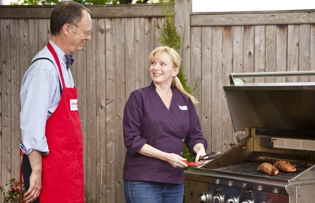 Host Christopher Kimball and test kitchen cook Julia Collin Davison reveal the secrets to making perfect Grilled Stuffed Pork Tenderloin.