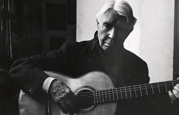 an essay on the life and works of carl sandburg