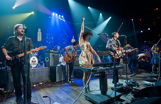 Alternative rock superstars Arcade Fire perform hits and tunes from their Gra...