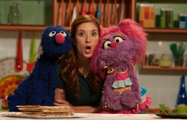 "Grover, Anneliese and Abigail, from SHALOM SESAME ""It's Passover, Grover!"""