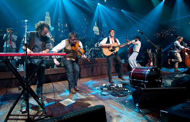 Mumford & Sons perform cuts from their hit album