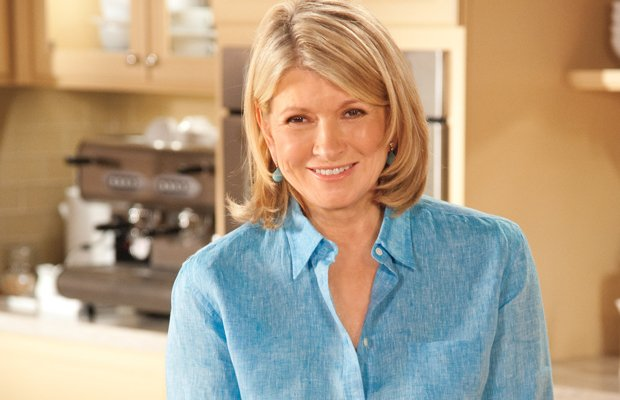 Using her signature step-by-step, how-to teaching process, Martha Stewart (pi...