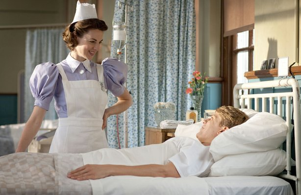Jessica Raine as Jenny Lee and George Rainsford as Jimmy in CALL THE MIDWIFE.