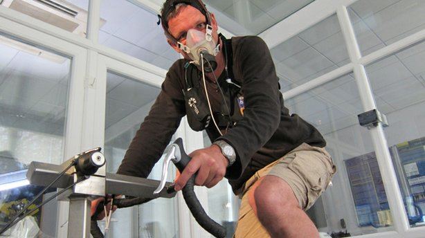 Dr. Michael Mosley pushing his exercise capacity to the extreme in an altitude chamber at the University of Brighton. The aim is to induce a central nervous system response that has evolved in humans. It causes our exercising muscle to feel more fatigued than it actually is.