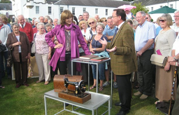Presenter Fiona Bruce talks to Jon Baddeley about his Most Seen and Most Wanted items.