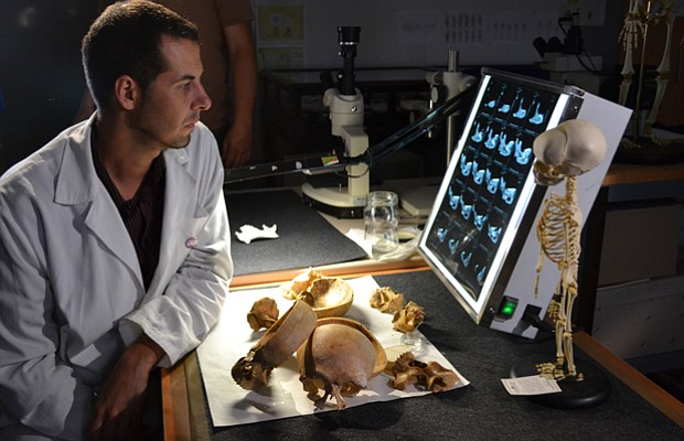 A laboratory study of 49,000 year-old Neanderthal bones discovered in El Sidr...