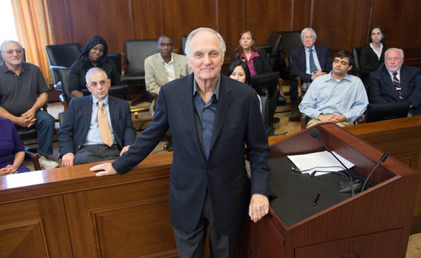 Alan Alda poses in front of the jury, U.S. District Court of Southern District of New York 500 Pearl St. New York, N.Y.