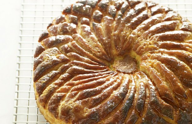 Martha Stewart demonstrates how to make delicate, buttery puff pastry and then use it in a variety of treats, such as this pithivier.