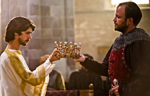 "Ben Whishaw As Richard II and Rory Kinnear as Henry Bolinbroke in ""The Hollow Crown: Richard II."""