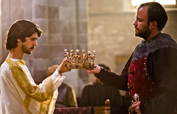 Ben Whishaw As Richard II and Rory Kinnear as Henry Bolinbroke in