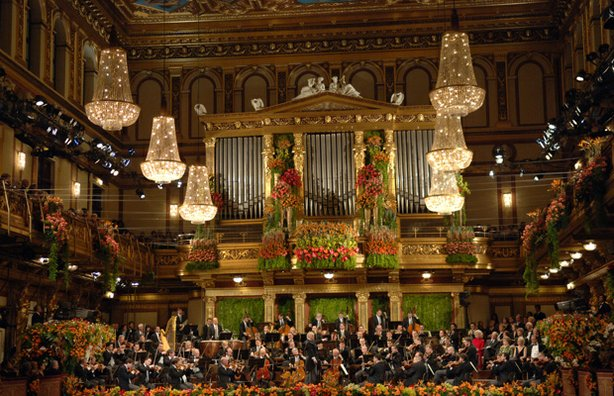 Daniel Barenboim directs Vienna Philharmonic in the festive annual New Year's celebration from Vienna's Musikverein.