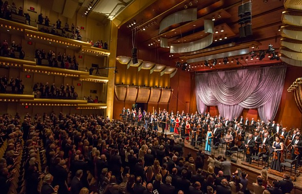 Finale - LIVE FROM LINCOLN CENTER rings in the new year with a special broadc...
