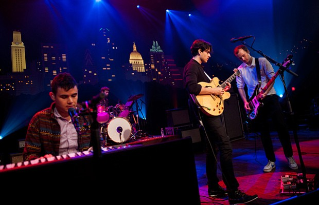 Indie rock band Vampire Weekend plays songs from its latest