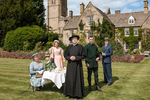 Mrs. McCarthy (Sorcha Cusack), Lady Felicia (Nancy Carroll), Father Brown (Ma...