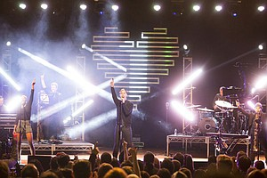 LIVE FROM THE ARTISTS DEN: Fitz & The Tantrums