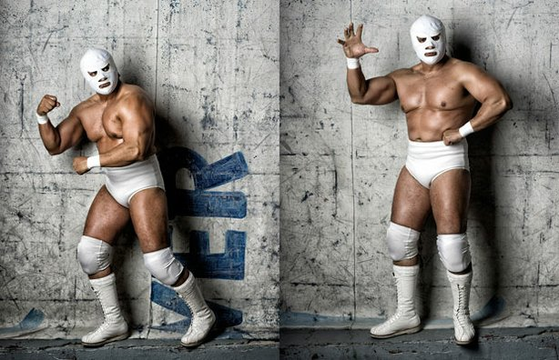 Angel Blanco Jr. - The SnapShot teams goes on a fieldtrip to Tijuana, Mexico to meet up with Mexican Wrestlers. Luchadores are famous for their colorful costumes and host Tim Mantoani has long been fascinated with photographing these athletes.
