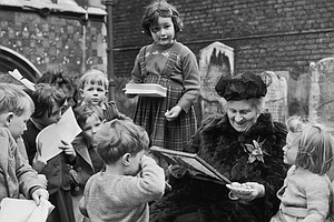 EXTRAORDINARY WOMEN: Maria Montessori