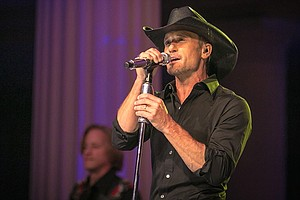 Photo for LIVE FROM THE ARTISTS DEN: Tim McGraw (New Season Premiere)
