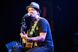 LIVE FROM THE ARTISTS DEN: Jason Mraz