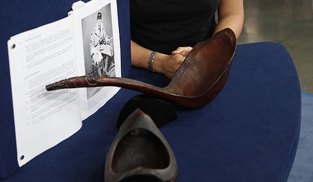 At ANTIQUES ROADSHOW in San Jose, California, this guest brings in a Tlingit bowl and ladle inherited from her great-great-grandfather, who procured these pieces on an 1877 trip to Alaska. Appraiser Ted Trotta assigns the pair an impressive value of $250,000 to $300,000.