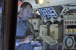 Good Actors Adrift In 'Black Sea'