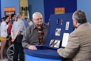 ANTIQUES ROADSHOW: Bismarck, North Dakota - Hour One