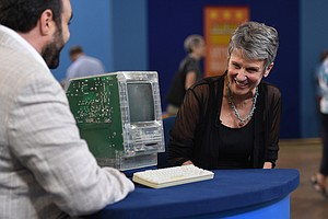 ANTIQUES ROADSHOW: Junk In The Trunk 5, Parts 1 & 2
