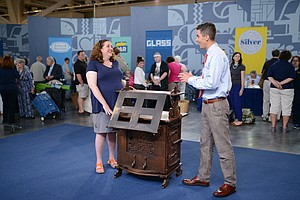 Photo for ANTIQUES ROADSHOW: Cleveland, Ohio - Hour 1