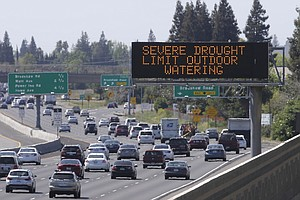 Obama Signs Bill For California Drought