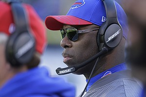 Chargers To Introduce Anthony Lynn As Their New Head Coach